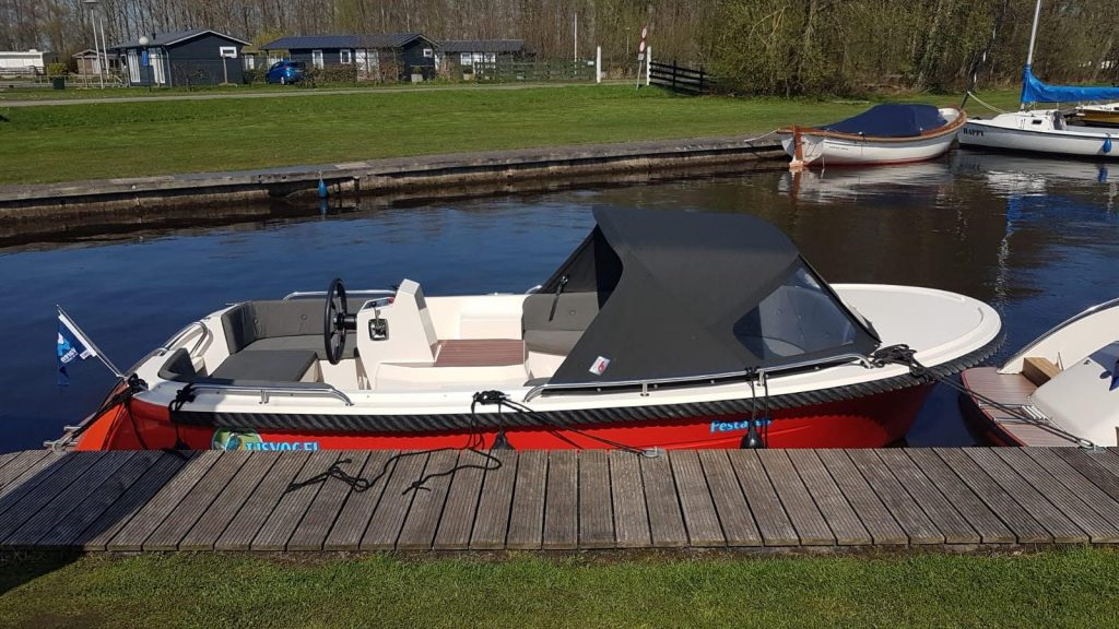 IJsvogel Watersport Terherne bootverhuur Primeur 600 Tender